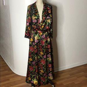 VTG Vanity Fair Mod floral Dress Nightgown Robe S